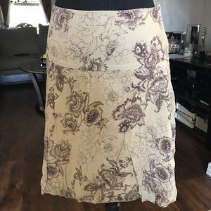 Julie Closet Skirt